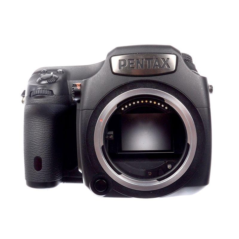 pentax-645z-pentax-d-fa-55mm-f-2-8-sdm-aw-sh7110-1-61535-5-83