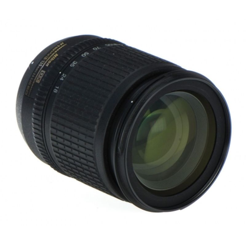 nikon-af-s-18-135mm-f-3-5-5-6g-ed-if-dx-9542-1