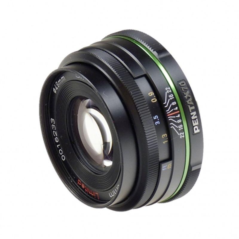 pentax-da-70mm-f2-4-limited-sh5022-1-35112-1