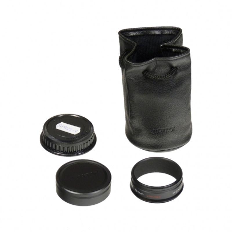 pentax-da-70mm-f2-4-limited-sh5022-1-35112-3
