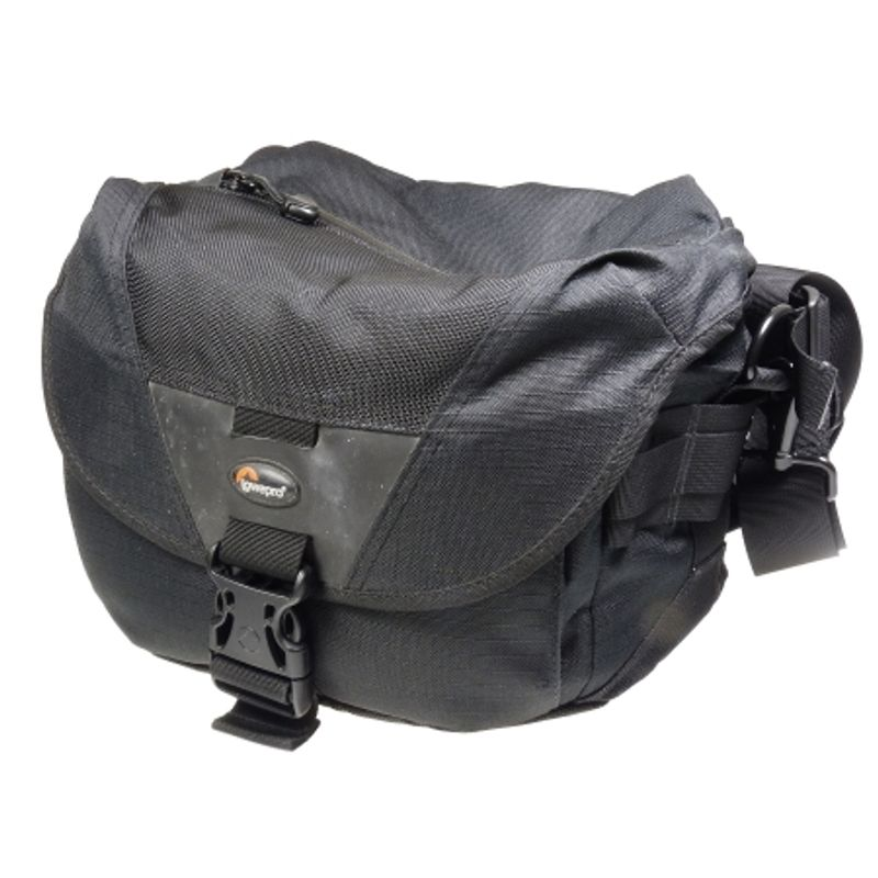 lowepro-stealth-reporter-d100-aw-sh5066-1-35473