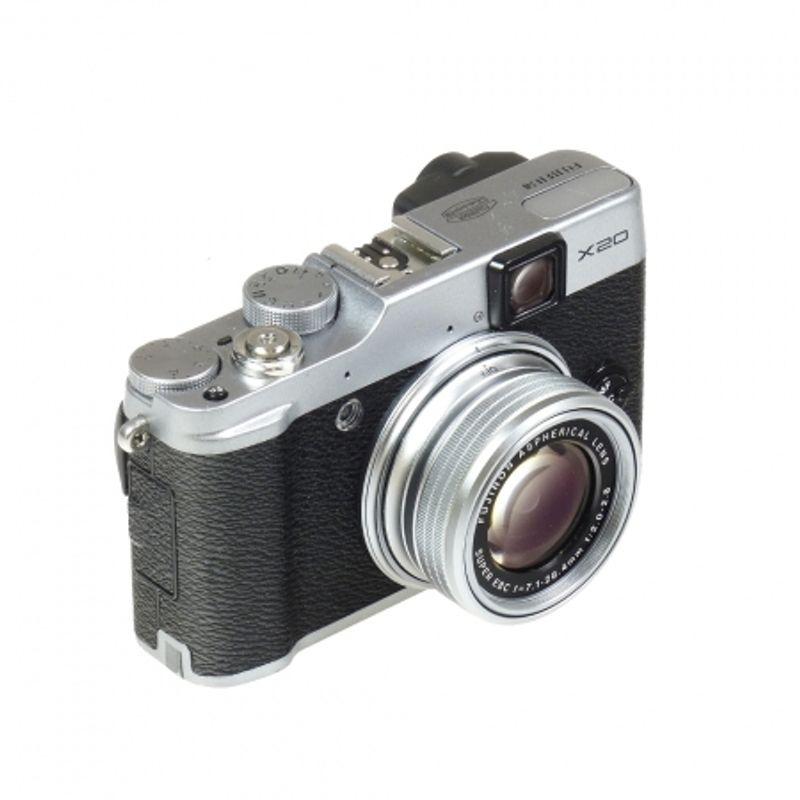 fujifilm-x20-argintiu-sh5102-35808-1