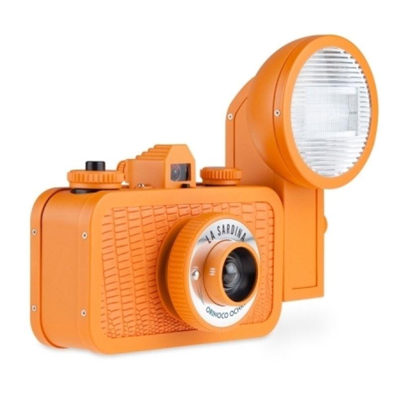 lomography-la-sardina-camera-and-flash-orinocco-ochre-sh5555-40250-2-534
