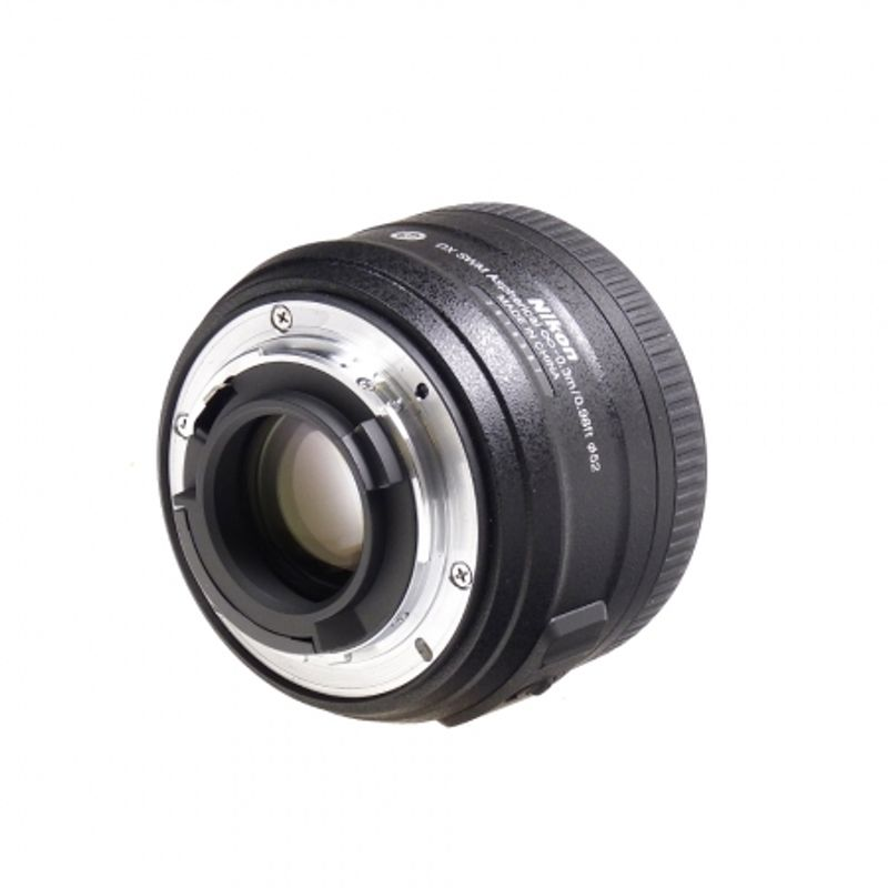nikon-35mm-f-1-8g--af-s-dx-sh5668-4-41408-2-640