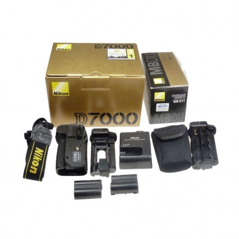sh-nikon-d7000-grip-nikon--sn-6260481-2007488-42673-8-224