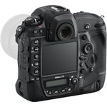 Nikon-D5-lateral-s-spate-2-
