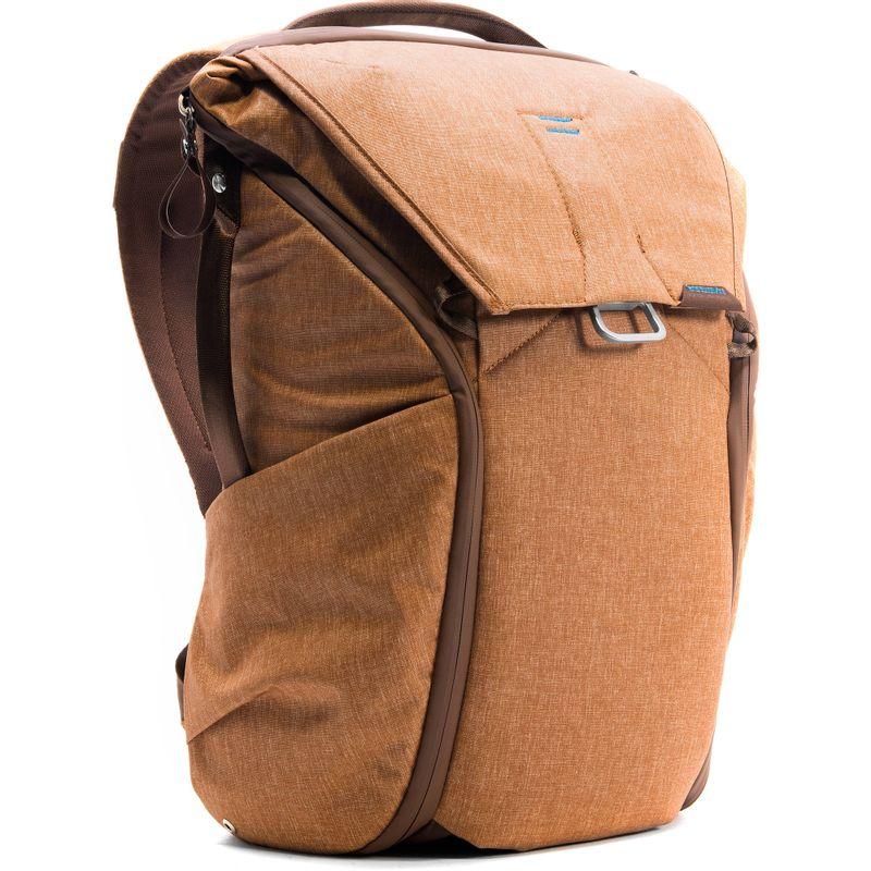 Peak-Design-Everyday-Backpack-Rucsac-20L-Heritage-Tan.2