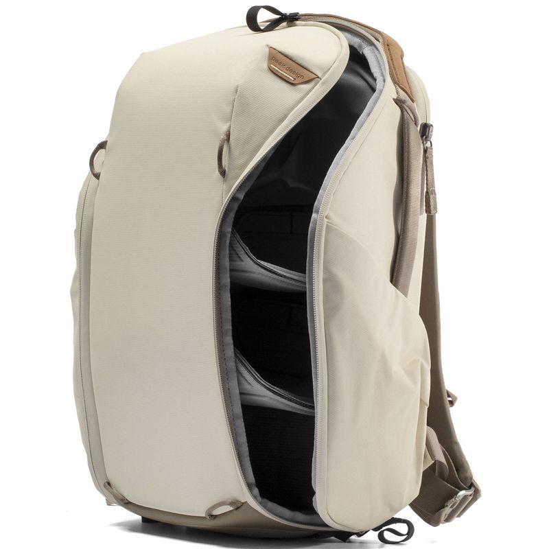Peak-Design-Everyday-Backpack-Zip-15L-Bone--5-