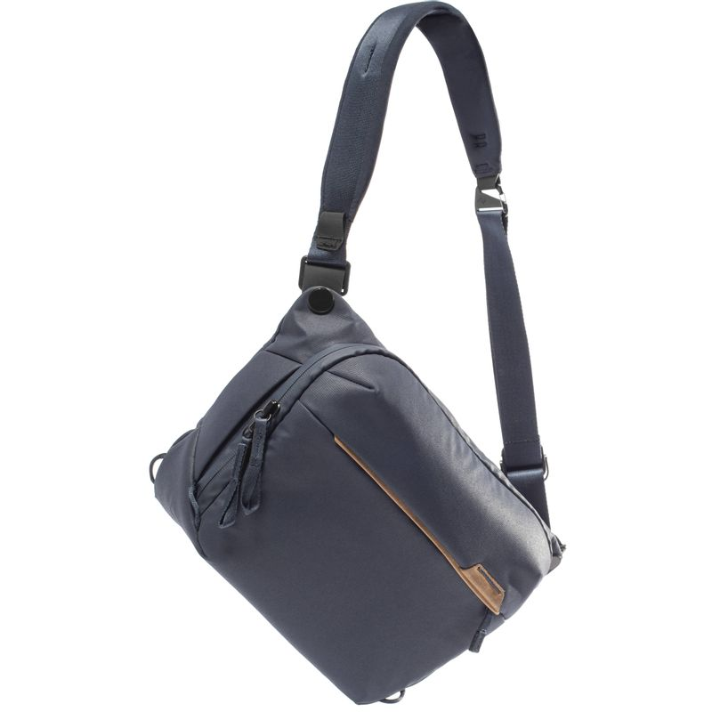 Peak-Design-Everyday-Sling-v2-Geanta-Foto-6L-Midnight.2