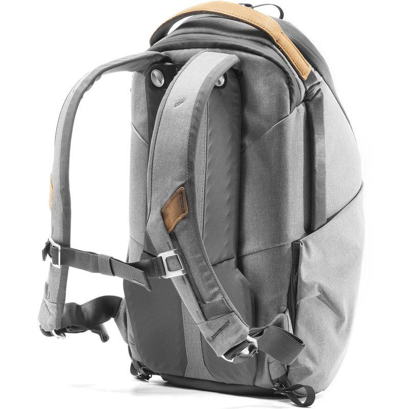 Peak-Design-Everyday-Backpack-Zip15L-Ash--5-