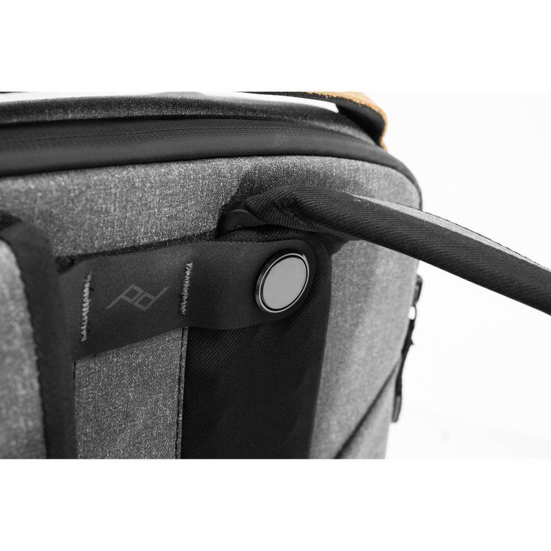 Peak-Design-Everyday-Backpack-v2-Rucsac-Foto-20L-Charcoal.6