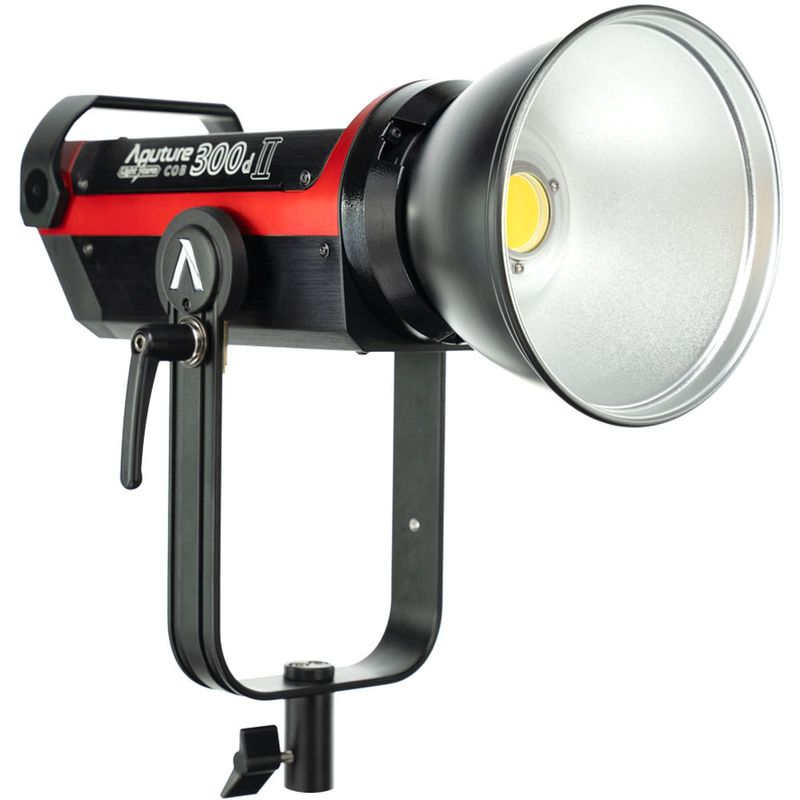 Aputure-Light-Storm-C300d-Mark-II-LED-Light-Kit-With-V-Mount-Battery-Plate