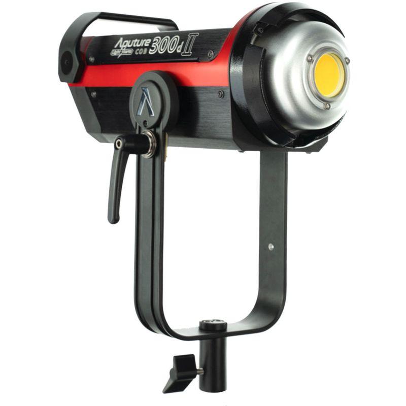 Aputure-Light-Storm-C300d-Mark-II-LED-Light-Kit-With-V-Mount-Battery-Plate--3-