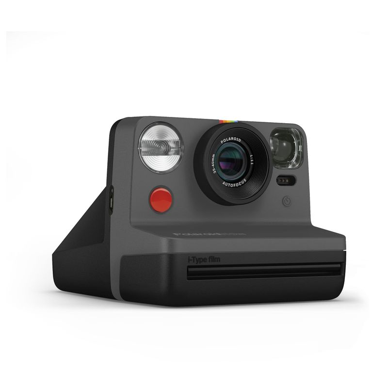 PolaroidNow-BLACK_3qrt-RIGHT