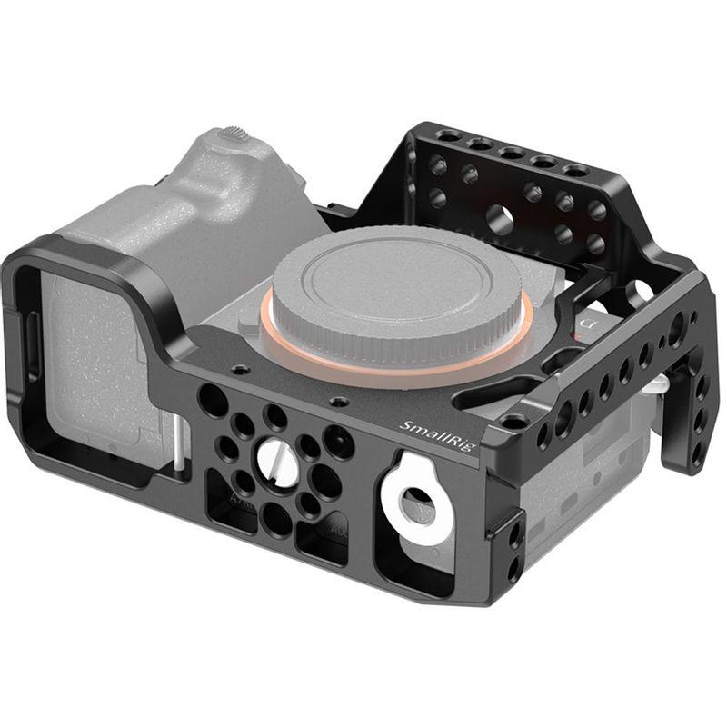 SmallRig-Cage-CCS2416-pentru-Sony-A7R-IV-2.jpg