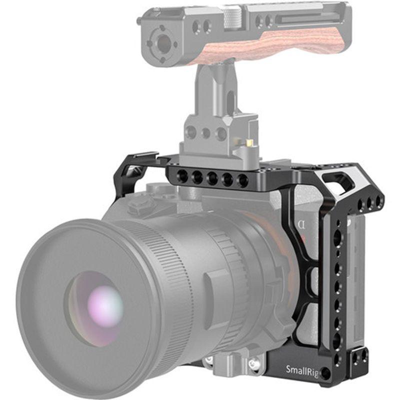 SmallRig-Cage-CCS2416-pentru-Sony-A7R-IV-3.jpg