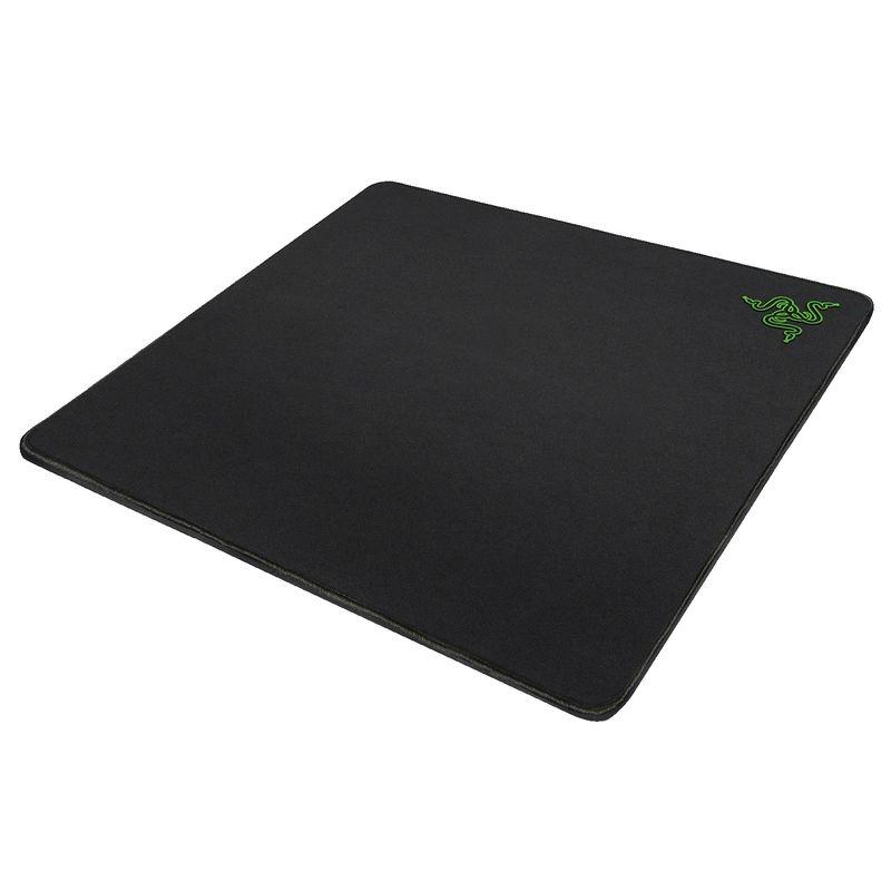 Razer-Gigantus-Mousepad-Gaming-.5